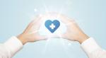 ハートと十字マークの医療イメージ